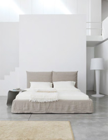 Bonaldo TooLate Bed