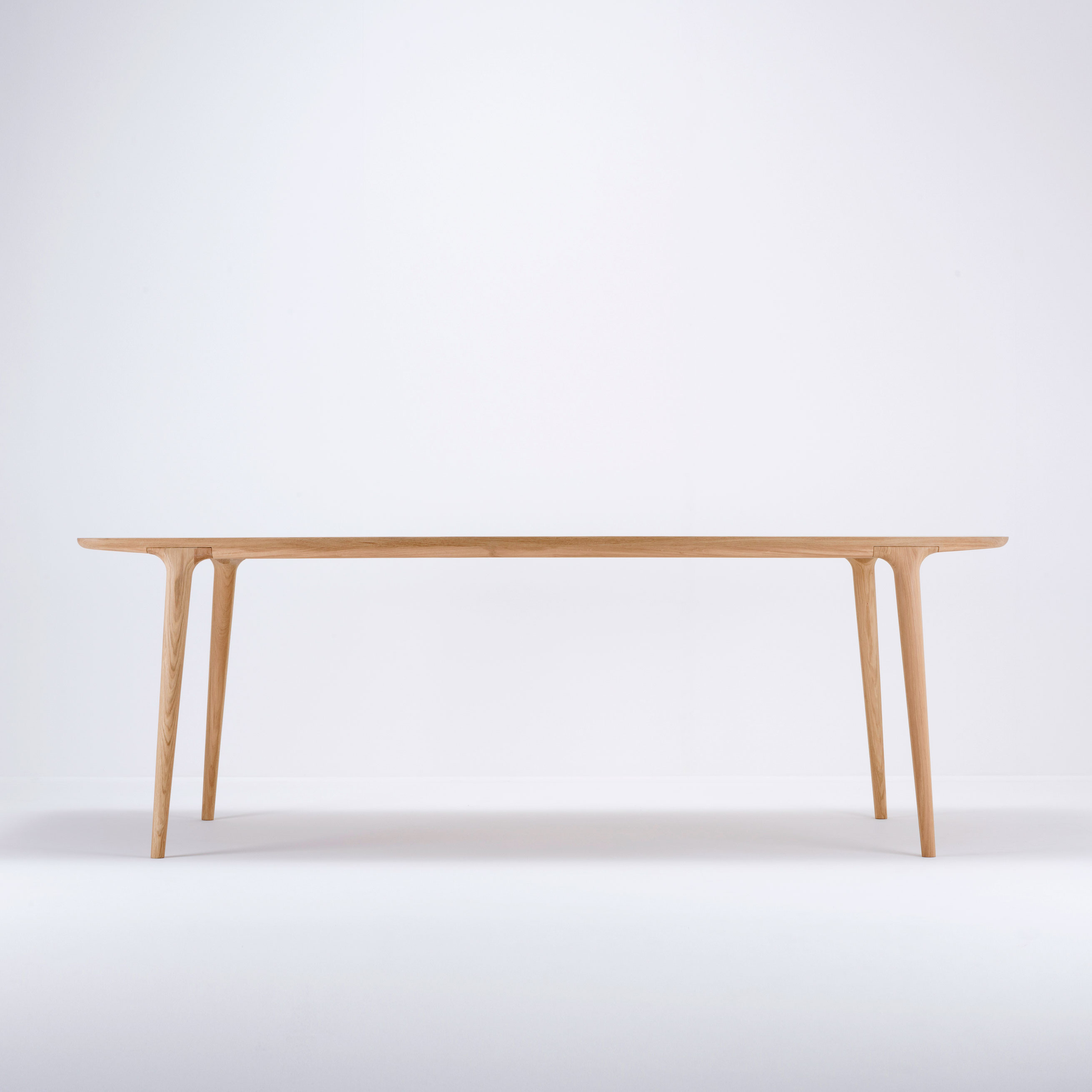 Gazzda Fawn Table