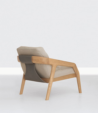Zeitraum Friday 1 Armchair, Oak