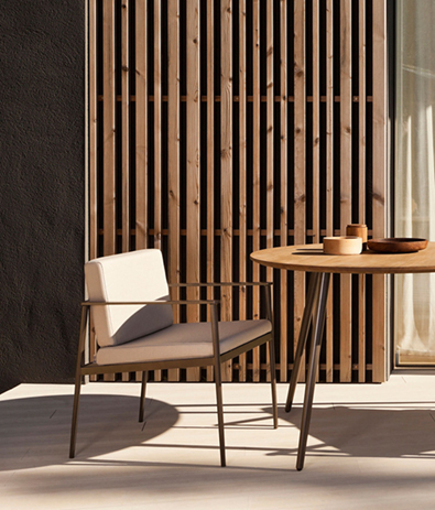 Bivaq Vint Dining Armchair and Table