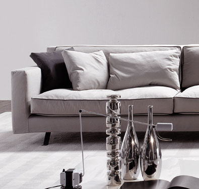 Frigerio James Large Sectional detail