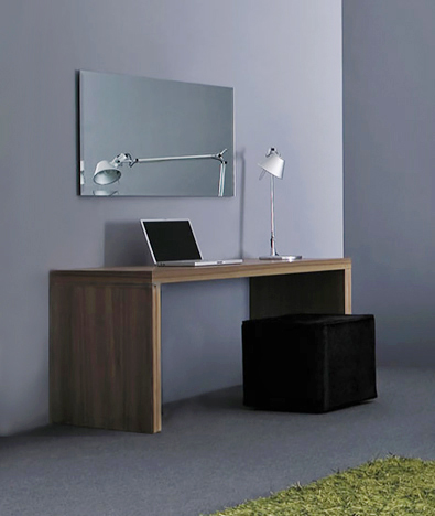 Pianca Domino Desk