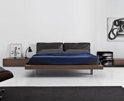 Pianca Sacco Bed - front