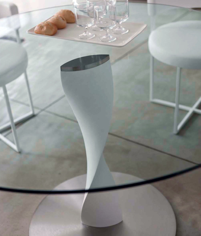 Porada Spin Table Detail