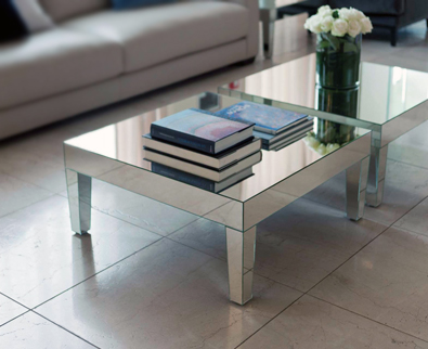 Porada Strass table